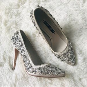 Alice + Olivia Shoes - 🐸Alice + Olivia Dina crystal heels *defects*
